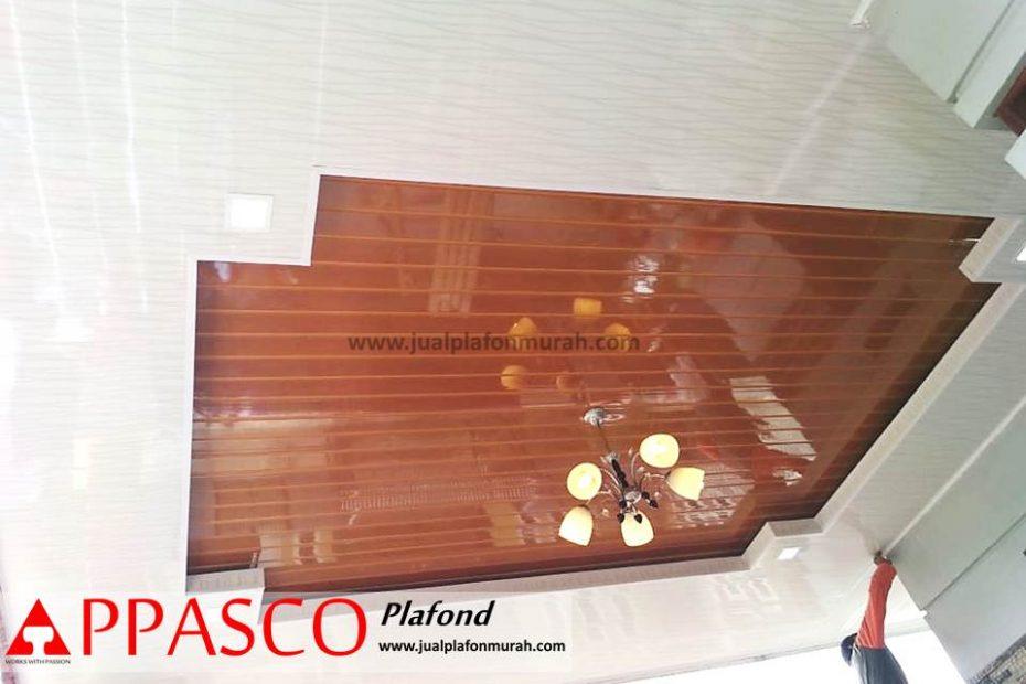 Atap Plafon Minimalis Modern dengan PVC Cantik Kayu