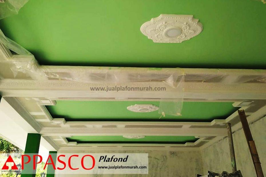 Pengerjaan Atap Plafon Gypsum Minimalis Cantik di Ruang Teras Depan