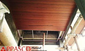 Plafon Atap Kayu Proses Pengerjaan Untuk Teras Rumah Minimalis