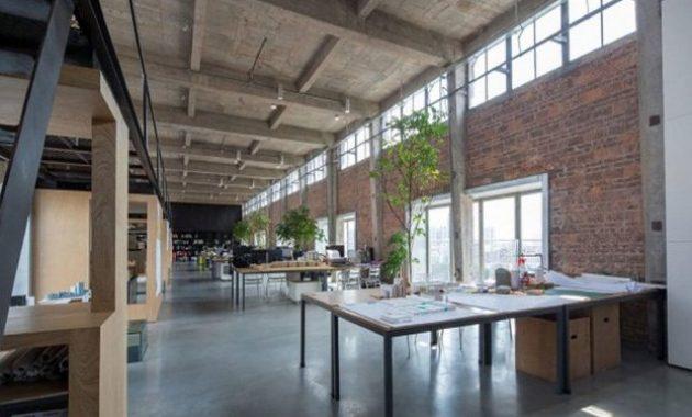 gaya rumah industrial plafonnya keren banget